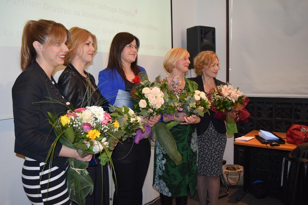 Dobitnice Nagrade_i_moderatorica_Ana_Tomaskovic